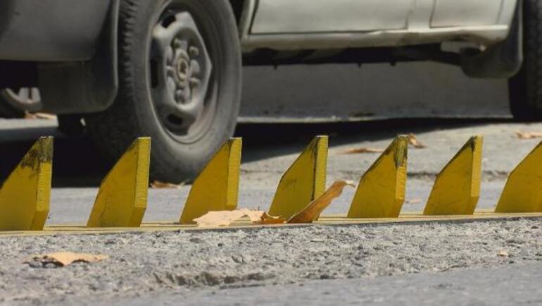 Tabela ve esnafın uyarısı fayda etmedi 4 günde 70e yakın aracın lastiği patladı