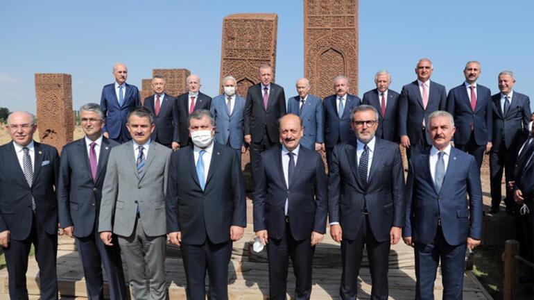 Son dakika... Cumhurbaşkanı Erdoğan, Ahlatta net konuştu: Müsaade etmeyeceğiz