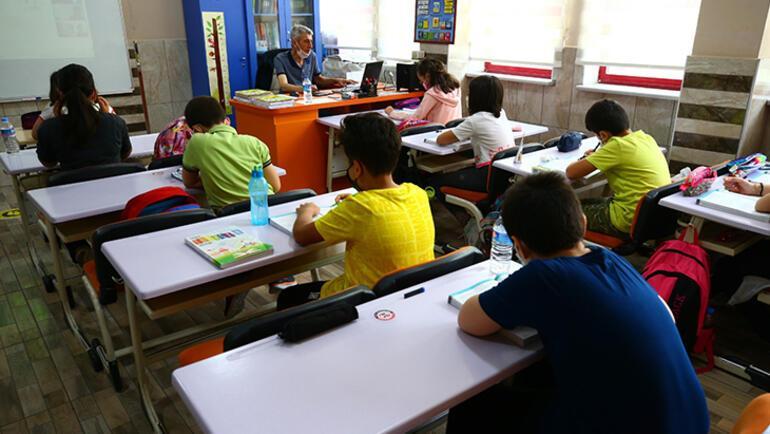 Okula adaptasyon sürecinde çocuğunuza bu soruları sormayın