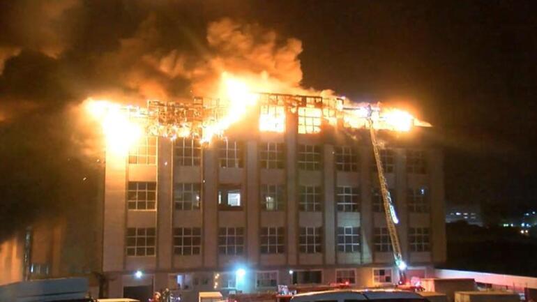 4 katlı tekstil fabrikasında korkutan yangın