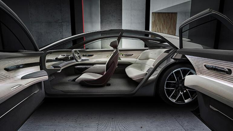 Audi grandsphere'i tanıttı
