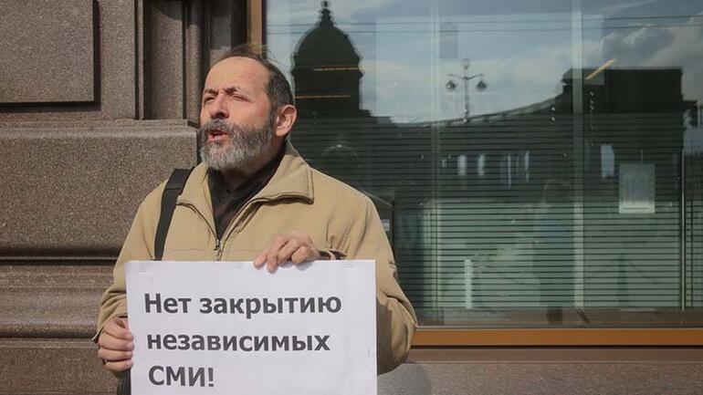 Rus seçiminde akılalmaz taktik Oyları bölmek için isim ve kılık değiştirdiler