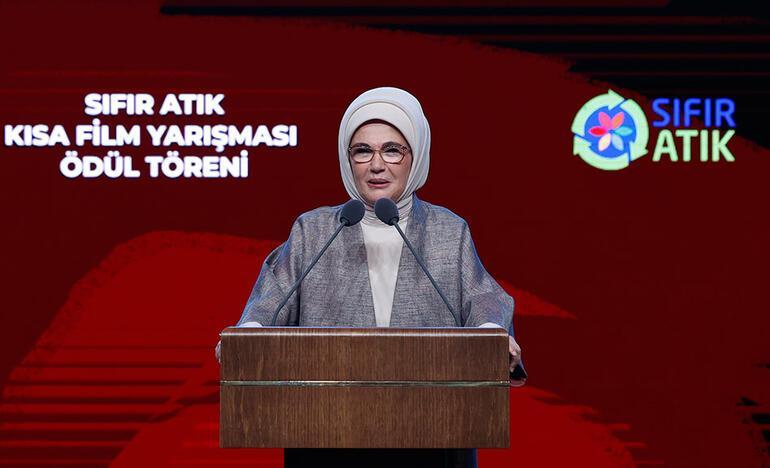 Emine Erdoğan: Sıfır Atık Projesini hepimizin seferberlik ruhuyla sahiplenmesi gerekiyor