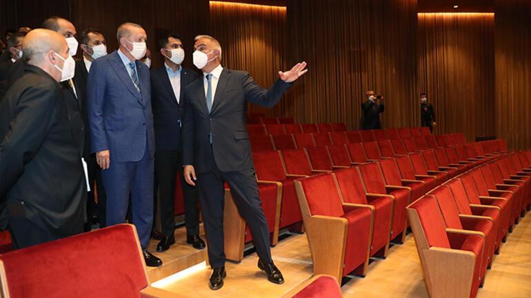 Cumhurbaşkanı Erdoğandan AKMye ziyaret