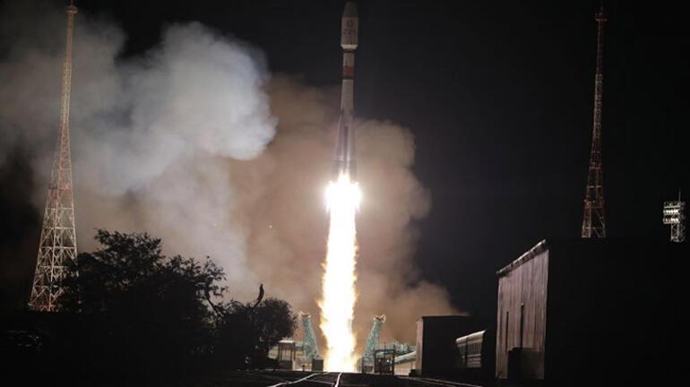 Rusya Uzay Ajansı duyurdu 34 uydu daha fırlatıldı...