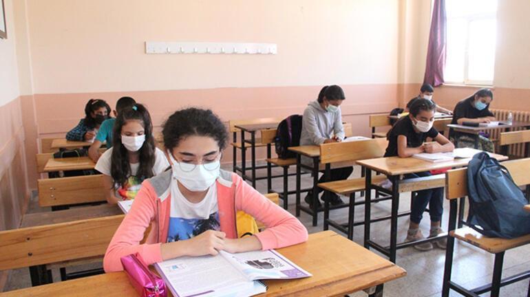 Ağrı Milli Eğitim Müdürü Kökrek: Okullar en tedbirli mekanlar