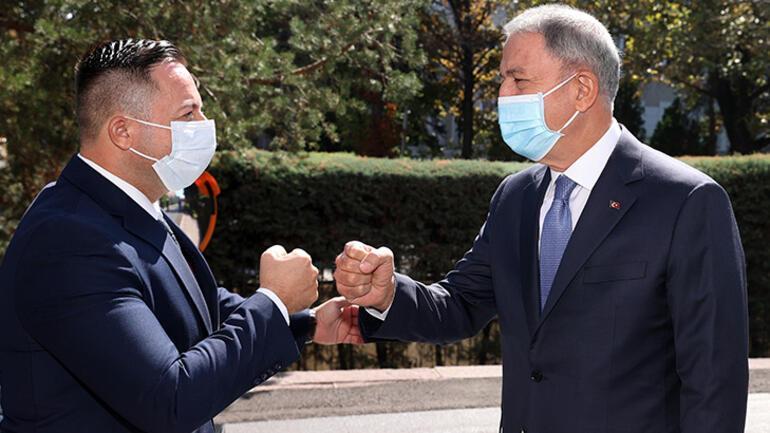 Milli Savunma Bakanı Akar, Kosova Savunma Bakanı ile görüştü