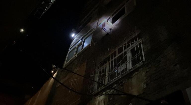Ekipler mahalle giriş çıkışlarını kapattı Anbean kamerada