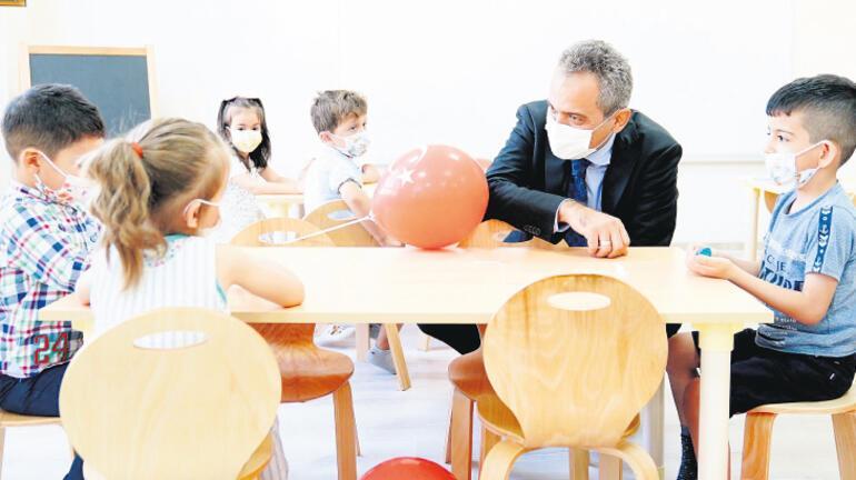 Son dakika: Milli Eğitim Bakanı Mahmut Özer: Yol haritası çıkaracağız