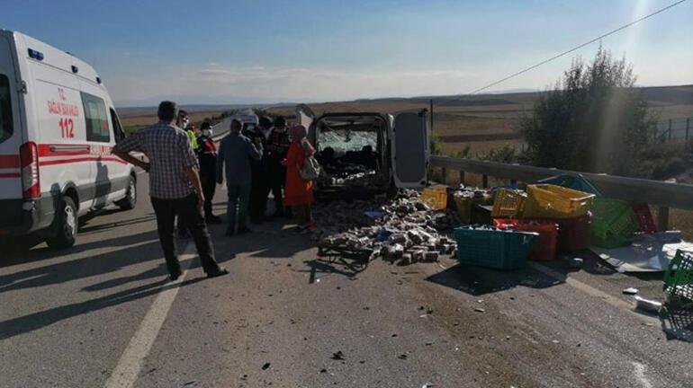 Eskişehirde trafik kazasında 2 kişi öldü, 2 kişi yaralandı