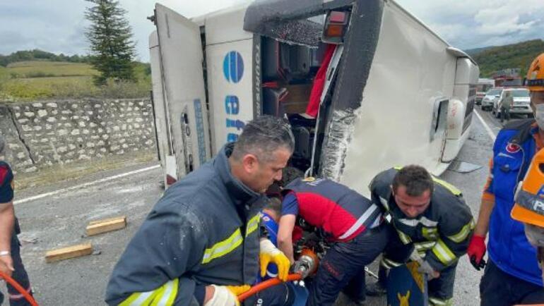 Son dakika Bartında yolcu otobüsü kaza yaptı