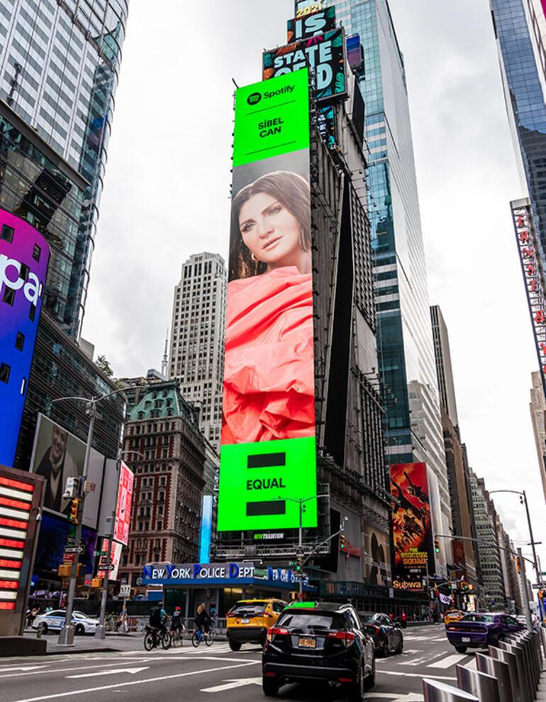 Sibel Can, New York Times Squarede