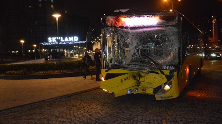 Yasak olduğu halde u dönüşü yapan kamyon otobüse çarptı