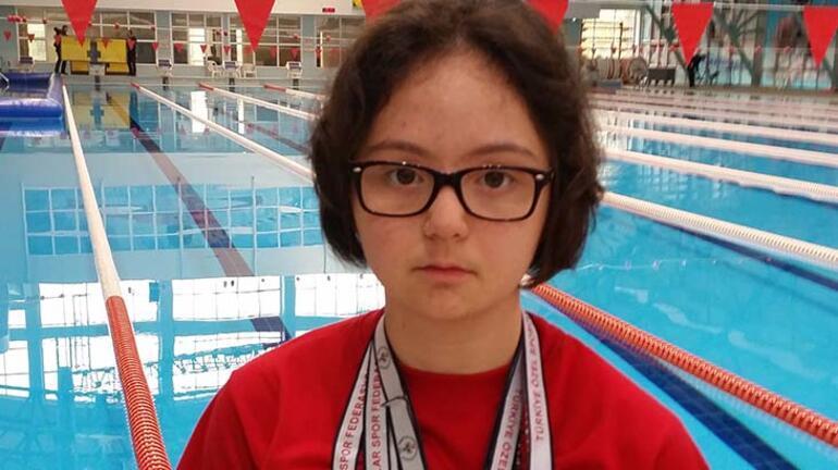 Down sendromlu rekortmen yüzücü anlattı: Bu sözleri duymaktan bıktık