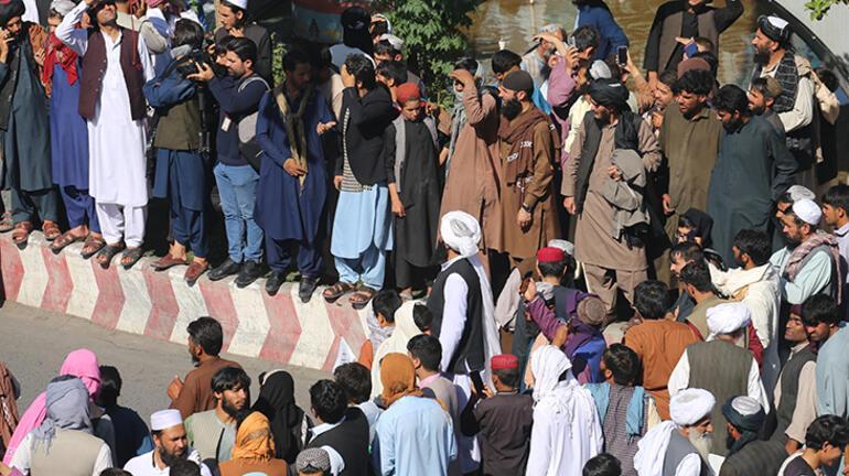 Son dakika... Taliban vince astı Dünyada şok etkisi yarattı