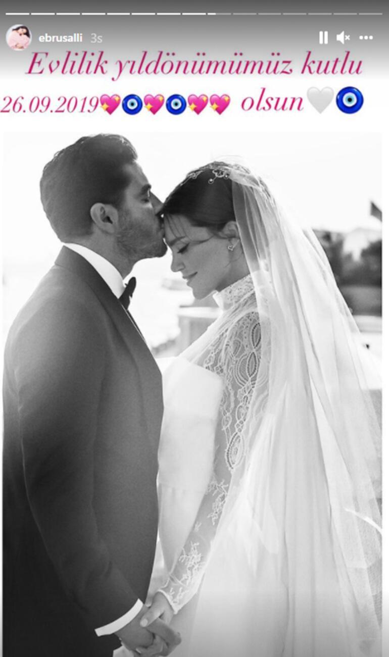 Ebru Şallıdan ikinci evlilik yıldönümü kutlaması