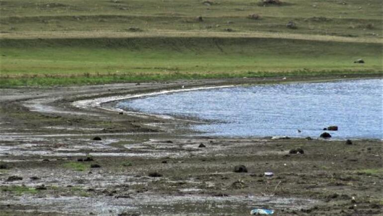 Sular 10 metre çekildi Bölgede tedirginlik