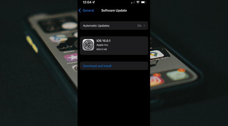 iPhone'lardaki bazı sorunları ortadan kaldıran iOS 15.0.2 yayımlandı