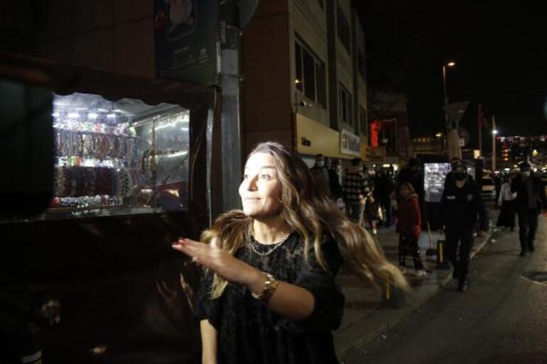 Taksimde polis noktasındaki taksiciye küfür edince gözaltına alındı