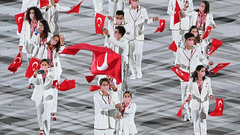 Tokyo 2020 Olimpiyat Oyunları açılış töreniyle resmen başladı
